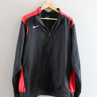 Nike Windbreaker Fleece Lining Black Red Contrast Nike Zip Up Jacket 90s Vintage Unisex Minimalist Size L