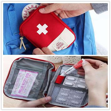 Small Medicine Kit Domestic Outdoor First Aid Emergency Medical Survival Kit Bag Wrap Gear Bag Medical Military To Pill Case Box