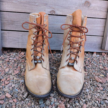 Vintage Laredo roper boots / size 8 / 70s Laredo tan leather distressed lacers / 1970s cowboy ropers / lace up ankle boots / made in USA