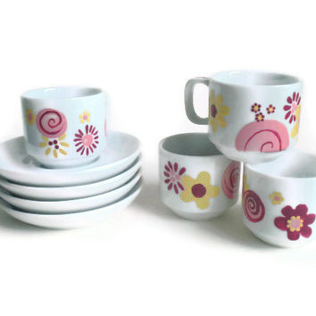 Alice in Wonderland Tea Cup Set