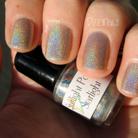 Starlight Holographic Top Coat Custom Nail by StarlightAndSparkles