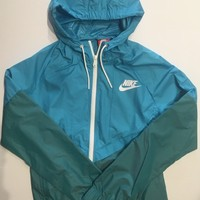 KUYOU Nike Womens Windrunner Teal Green 726138-418