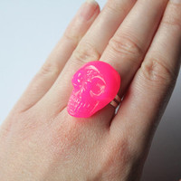 Shiny Neon Pink Resin Crystal Skull on Silver adjustable ring perfect to rock your outfit or for halloween