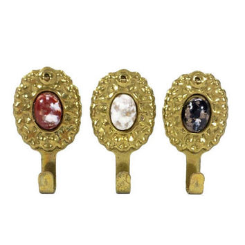 Wall Hangers Hooks Set 3 Decorative Jeweled Stone Vintage Pictures Frames Art Jewelry Display Aged Gold Tone Metal Mount Hanging Holders