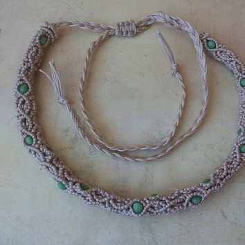 Micro Macrame necklace, beige and green