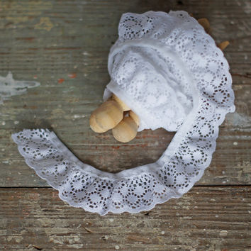 Vintage Lace Trim Gathered White Lace Edging with Scalloped Border PER METRE