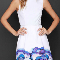 White Floral Folded Skirt Sleeveless Dress