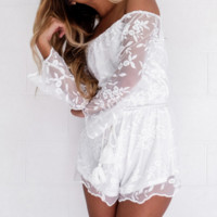 FASHION OFF SHOULDER LACE ROMPER PLAYSUIT
