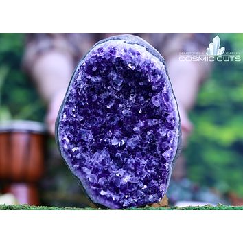Unique Amethyst Geode Self Standing 6.50 Great Coloration LL-10s