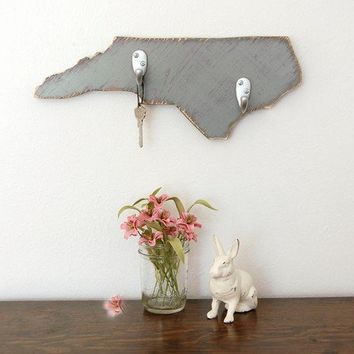 NORTH CAROLINA wood organizer key hooks shabby chic Slate Gray