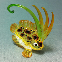 Hand Blown Glass Exotic Fish Sea Animal Cute Orange Green White Yellow Figurine Statue Decoration Collectible Small Tiny Craft Hand Painted