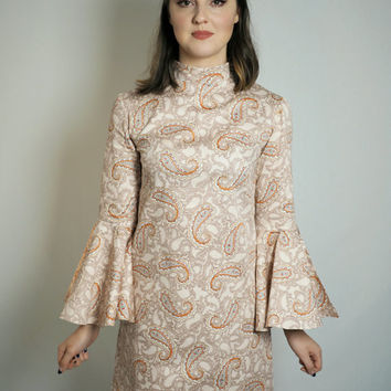 70's flare sleeve paisley dress
