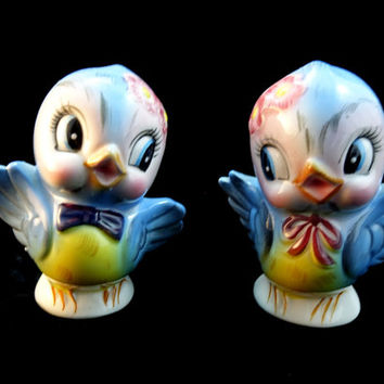 Lefton Bluebirds Salt and Pepper Wedding Cake Toppers Adorable, Collectible Anthropomorphic Cute couple
