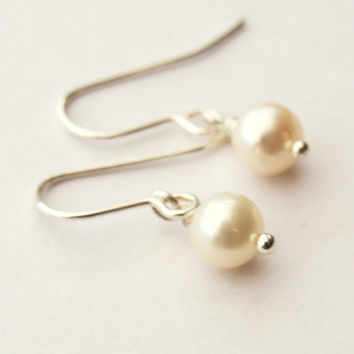 Alicia Simple Pearl Drop Earrings by jewellerymadebyme on Etsy
