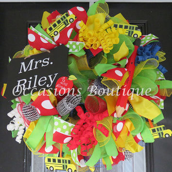 Teacher Wreath, Teacher Door Hanger, Wreath for Teacher, Gift for Teacher, School, Pre-Order