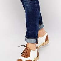 London Rebel Monty Contrast Lace Up Flat Shoes