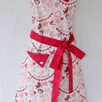 Vintage Style Valentine's Apron, Hearts, Cupid, Doves, Lovebirds, KitschNStyle