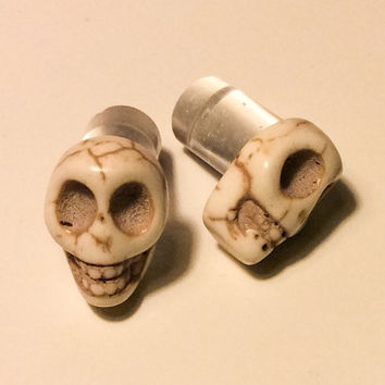 00g, 0g, 2g, 4g, 6g, 8g White Carved Howlite Sugar Skull Plugs