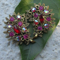 EMMONS Vintage Earrings Magenta AB Gold Tone Clip On Patent Pending  f92
