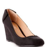 Locklyn Bow Wedge Pump                       - Francescas