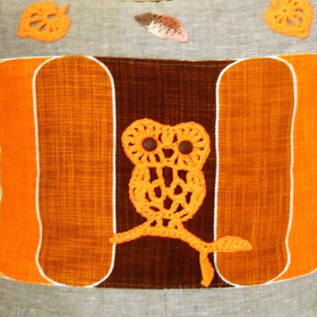 Burlap Linen Pillow Cover. Crochet Owl Applique. Traditional Orange Halloween Themed Pillow Cover, Accent Throw pillow.