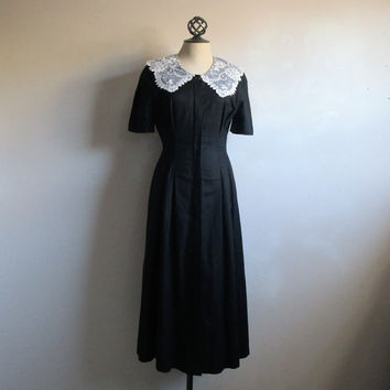 Vintage Laura Ashley Dress Black 1930s Style 80s Country Lace Collar Midi 1980s Dress 10US