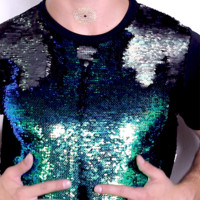 Color Changing Fish Scale Crop Tee- Black
