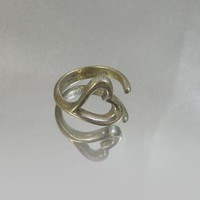 Vintage Tiffany and Co. Ring. Sterling Silver. Open Heart. Elsa Peretti.