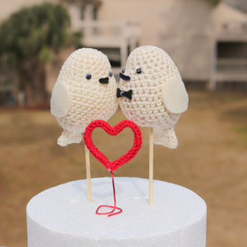 Wedding cake topper Birds set,  Wedding birds, Set of bride and Groom and a small crocheted heart, Love birds decoration