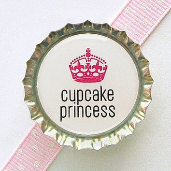Cupcake Princess Bottle Cap Magnet - cupcake kitchen decor, cupcake party theme, cupcake decor, cupcake birthday party, cupcake party favor