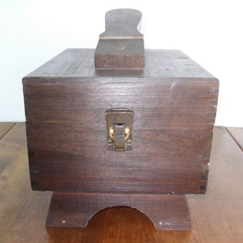 Vintage Wooden Shoe Shine Box Rustic Wood Box With Shoe Brushes