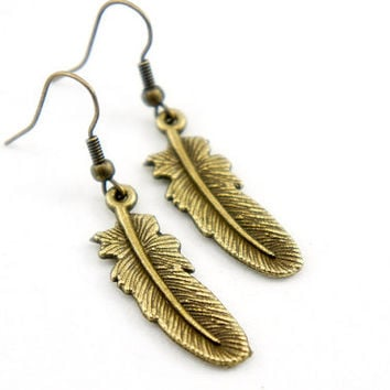 Antiqued Brass Vintage Style Feather Dangle Earrings - CP054