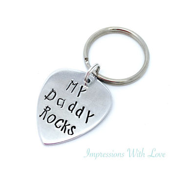Father's Day - hand stamped keychain - my daddy rocks - guitar pick - plectrum - keyring - for him