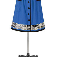 Tipped trim front-button skirt