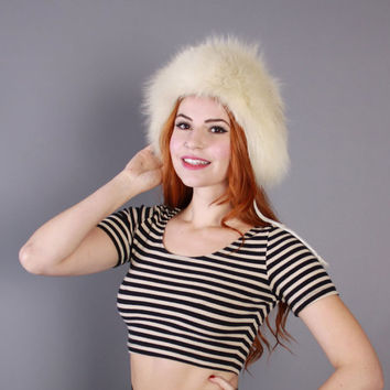70s Boho FOX FUR HAT / 1970s Fluffy Ivory White Furry Winter Hat