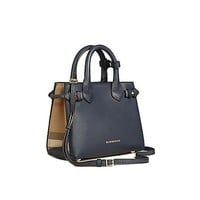 DCCKON3F Tote Bag Handbag Authentic Burberry The Baby Banner in Leather and House Check Ink Blue Item 40140721