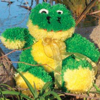 Frog Huggables Stuffed Toy Latch Hook Kit 14""
