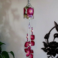 Glass Wind Chime, Recycled wine bottle wind chime, Flowers, Burgandy,Pink, Sun catcher, yard art, clear glass, House warming gift