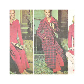 Vintage McCalls Sewing Pattern 5367 Misses Wrap Robe Pajamas Size Small 10-12 Carefree Pattern