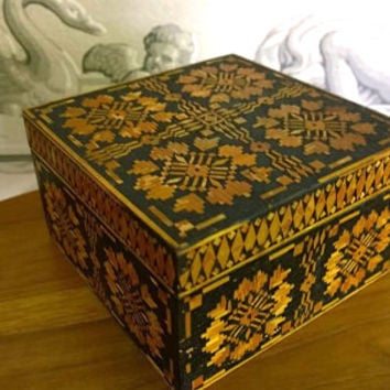 Decorative Square Polish Wood Box Trinket Box Jewelry Box Flowers Straw Inlay Straw Marquetry Folk Art Hinged Lacquered Box, hand carved box