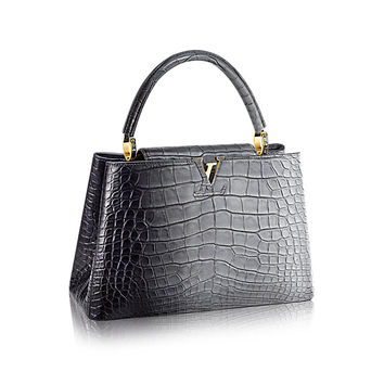 Products by Louis Vuitton: Capucines MM