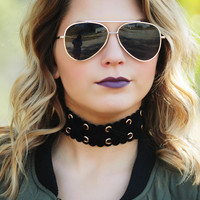 She's Got An Edge Choker: Black