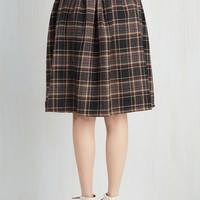 90s, Scholastic Mid-length Full Saturday Sojourn Skirt in Plaid
