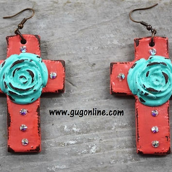 Old Rugged Rose Clay Earrings in Coral with Mint
