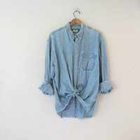 20% OFF CIJ SALE / vintage jean shirt. washed out denim shirt. button down shirt. oversized denim shirt. distressed.
