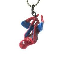Realistic Dangling Spiderman Shaped Figurine Pendant Necklace | Marvel Super Heroes
