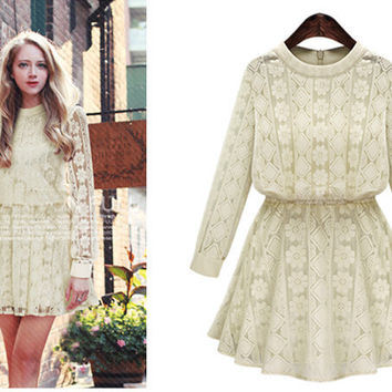 Lace Long Sleeve Mesh Out Plug Size Dress