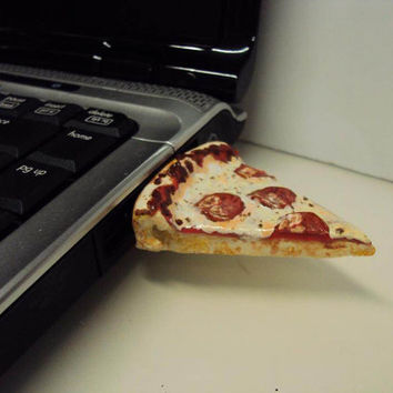 USB Flash Drive 4Gb With Pizza by SmallIdea on Etsy