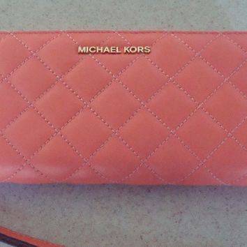NWT-Michael Kors Alex Quilted Pink Leather Zip Wallet/Wristlet Mother's Day Sale