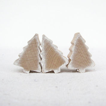 White Christmas Tree Magnets - Cottage Chic - Shabby Chic - Wooden Magnets - Christmas Decoration -  Stocking Stuffer set of 3